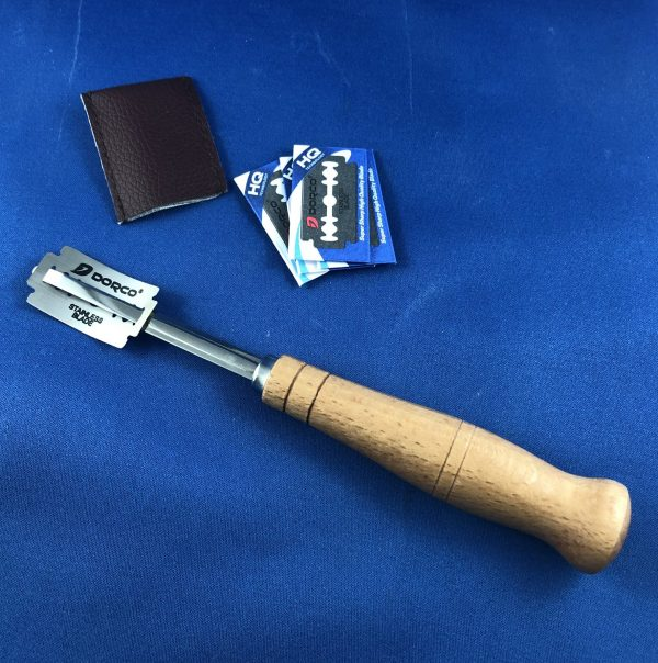 Bakers Blade (Lame) Wooden handle with Replaceable Razor Blades